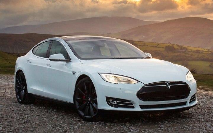 Tesla Model S Insane Mode самый быстрый седан в мире