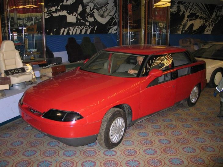 «Яуза» — самый необычный автомобиль СССР (10)