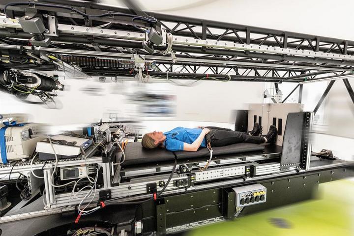 NASA заплатит 1,2 млн тому, кто согласится два месяца пролежать на кровати (2)