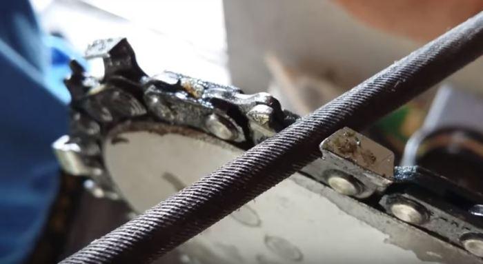 Как наточить цепь бензопилы с помощью дрели (4)