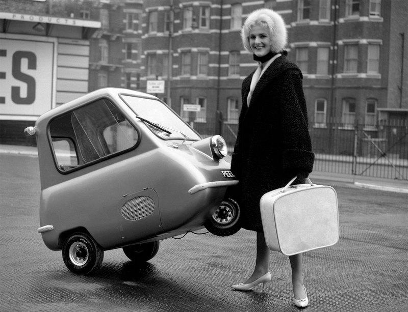 Одноместный автомобиль PeelP 50, разгоняющийся до 64 км в час. Великобритания. 1962 г