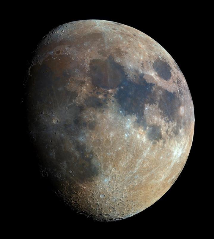 Самая чёткая фотография Луны